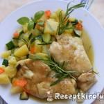 Zöldséges csirkemell bormártással 3