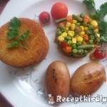 Panírozott pulykafasírt sültkrumplival zöldségekkel 1