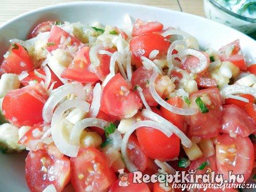 Indiai vegyes saláta