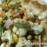 Mozzarellás csirkemellek zöldségágyon 1
