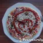 Sonkás zöldséges szalámis pizza 1