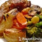 Csirkecombok zöldségágyon sütve 2