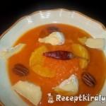 Narancsos sütőtökfőzelék pekándióval tökmagolajjal 3