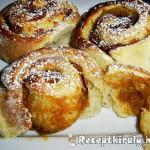 Mézes süt-tökkrémes csiga 1