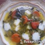 Medvehagymás zöldségleves mozzarellával 3