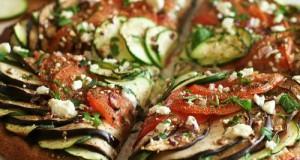 Zöldséges pizza
