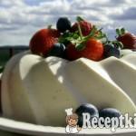 Joghurtos vaníliás-rózsavizes panna cotta 1