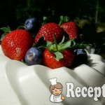Joghurtos vaníliás-rózsavizes panna cotta 2