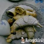 Mákos marcipános porhanyós kifli 1