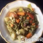 Zöldbabos-zöldséges egytál szalonnával, marhahússal 1