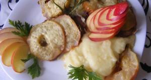 Almás sajtos szelet zelleres burgonyapürével