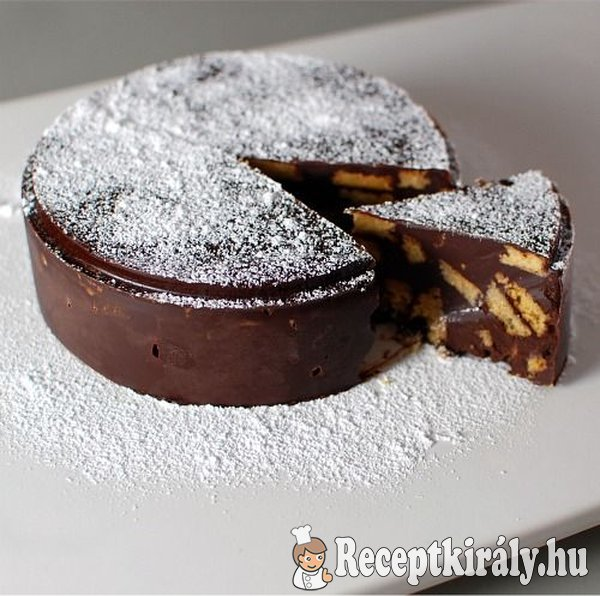 Csokoládés keksztorta