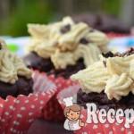 Avokádós datolyás muffin gesztenyés krémmel - paleo 3