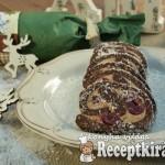 Gesztenyés meggyes keksztekercs
