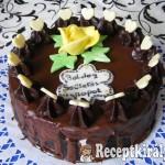 Mogyorókrémes csokoládés torta