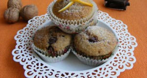 Diós-narancsos muffin, csoki darabokkal