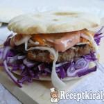 Sertés burger pitában 1