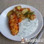 Zöldségeken sült csirkemell, kapros-fokhagymás joghurttal 2