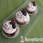 Áfonyás-csokis cupcake 3