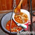 Görcstészta leves