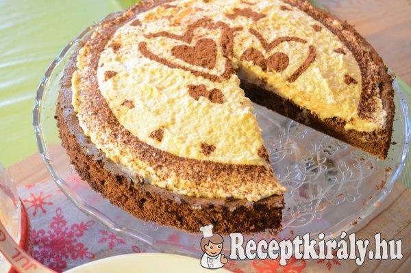 Csokoládé torta liszt nélkül almás krémmel- paleo