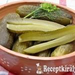 Kenyérrel kovászolt uborka
