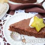 Sárgarépapürés pillekönnyű csokitorta - paleo 1