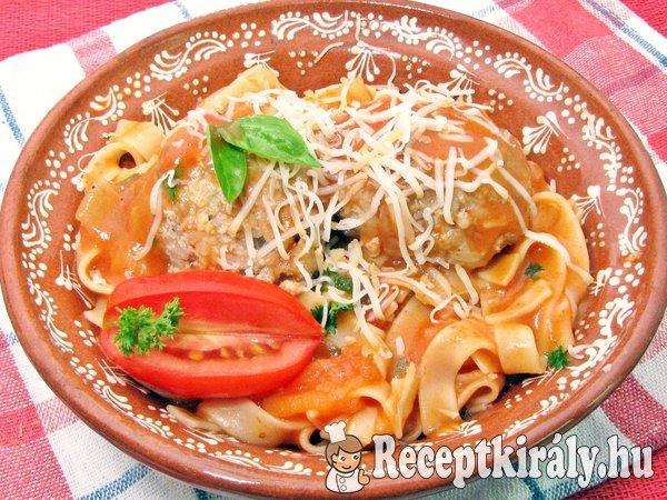 Szicíliai paradicsomos tészta húsgombóccal
