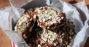 Almás-zabpelyhes puha kekszek proteinnel