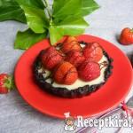 Sütés nélküli fehércsokoládés-epres mini pite 1