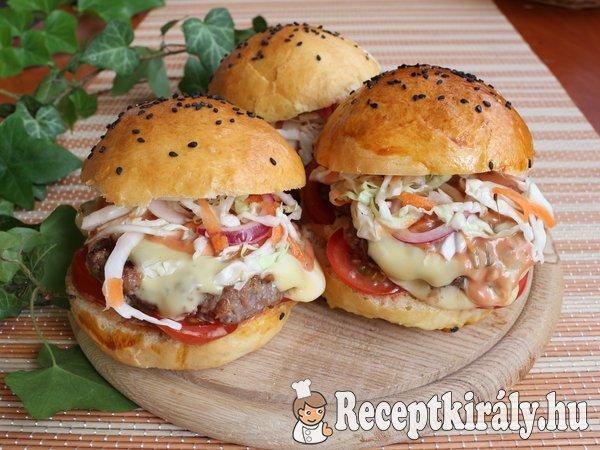 Duplasajtos marha burger