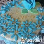 Gesztenye torta kék virággal 2