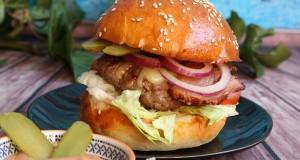 Tarjás házi burger