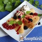 Amerikai palacsinta erdei gyümölcsökkel és fagyival 3