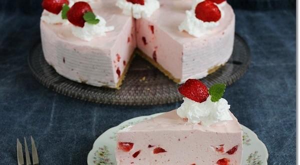 Joghurtos eperhabtorta