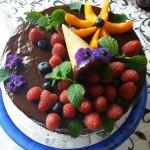 Csokis torta gyümölcsökkel 1