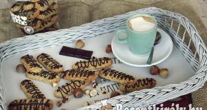 Mogyorós kávés keksz