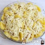 Fűszeres húsgombócok sajttal és burgonyával 2