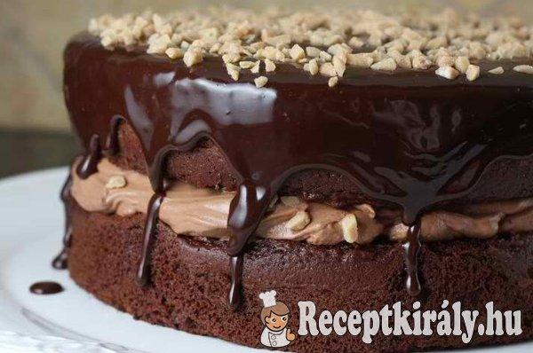 Csokoládékrémes mogyorós torta