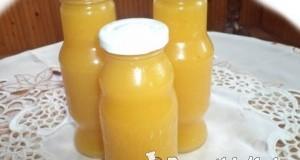 Sárga paradicsomlé koktélparadicsomból